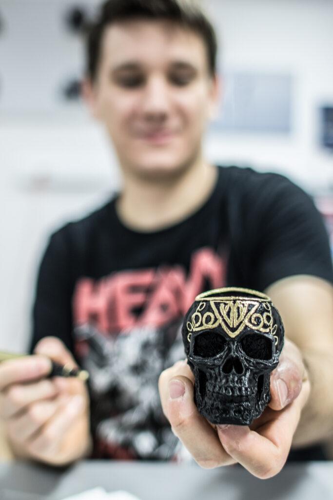 relacja z dnia otwartego Sygnis New Technologies, wydruk czaszki
